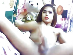 Asian tranny jerking o...