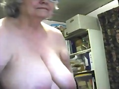 A lovely fat granny sq... - Xhamster