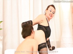 Thumb: Curvy mistress in ling...