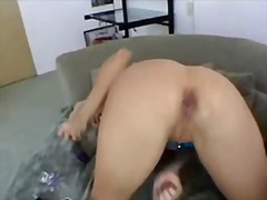 Thumb: Nikki squirts solo