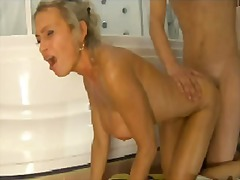 Xhamster Movie:Sexy mother fucked in the show...