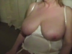 Big boobed amateur com... video