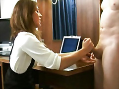 H2porn Movie:Femdom using feet for footjob