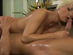 Blonde milf nuru massage t... - 10:01