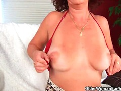 mom, cougar, old, wife, grandma, milf
