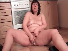 Chubby housewife mastu... - Alpha Porno