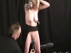 Blonde amateur slave w...