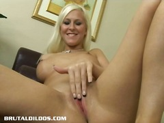 See: This blonde babe force...