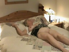 Hidden camera shows ma...