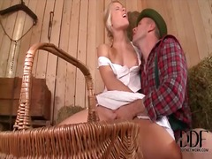 Alpha Porno Movie:Farmgirl kisses him as he fing...