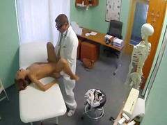 Sexy patient sucked before hardcore from her doctor