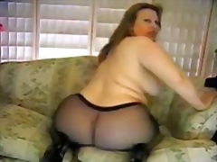 Pantyhosed Bbw Doing D... video
