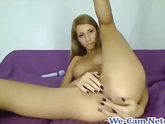 Long legs camgirl live...
