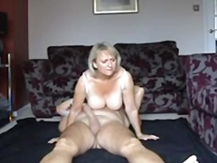 Blonde mature wife has... - Private Home Clips