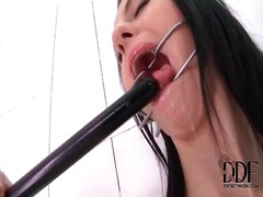 Kinky solo girl meg magic likes fetish play
