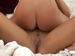 Michelle lay makes her les... - 04:25