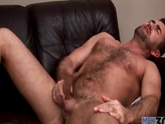 Alpha Porno Movie:Bear masturbates and toys his ...