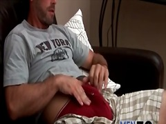 Alpha Porno Movie:Tee shirt and shorts on mastur...
