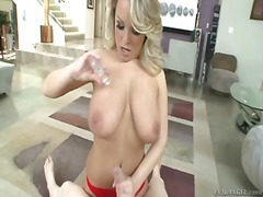Jessica moore gives suck j... - 05:30