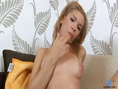 Flirty bombshell bibi ... video