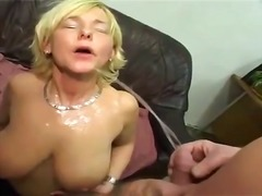 Tube8 Movie:Womens mouths flooded with piss