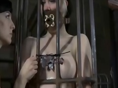 Ah-Me Movie:Caged babe forced to give blowjob