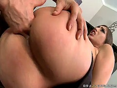 Brunette alexis breeze... video