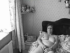 Chubby hairy mature wi...