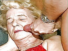 Two sexy grannys fuck - 08:25