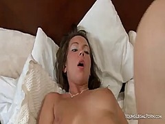 Wetplace Movie:Stacked seductress lauren s fu...