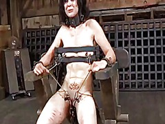 Ah-Me Movie:Facial torture for pretty babe