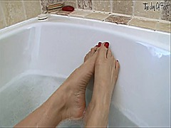 Xhamster Movie:Soapy soles