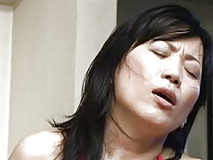 Japanese mom seduced by sa... - 40:53