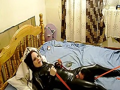 Private Home Clips Movie:Fastened up bondman in latex
