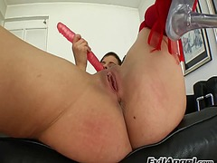 Ah-Me - Abbie cat pumps her cu...