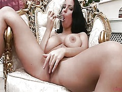 Laura lion will t...