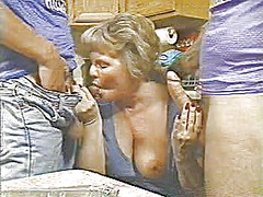 Xhamster Movie:Mom gets it in the kitchen