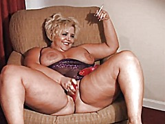 See: Hot solo curvy cougar ...