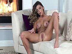 Hotshame - Niki skyler with massi...