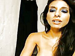 Thumb: Busty hottie plays her...