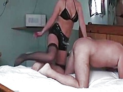 Private Home Clips Movie:Domme-Whore has a fake 10-Poun...