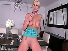 Hotshame Movie:Blonde phoenix marie cant stop...