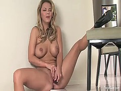 Ashlynn brooke with huge knockers and clean bush demonstrates her neat muff pie in solo scene