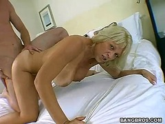 Horny blonde mommy fucks like crazy