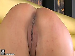 Wetplace Movie:Brunette zafira with gigantic ...