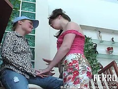 WinPorn Movie:Terrific girl in blue cap rita...