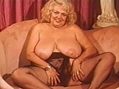 Vintage fat blonde big...