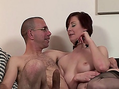 Mature in stockings do... - Vporn