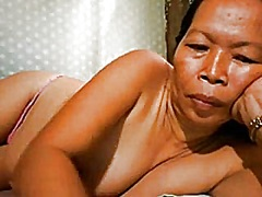 Private Home Clips Movie:FILIPINA GRANDMA SHOWING HER G...
