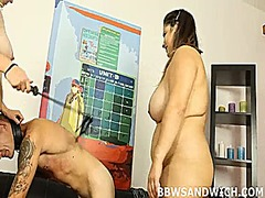 Bbw queens sit on the boy's face and strock cock